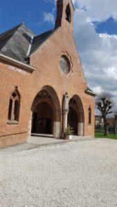 Les étapes de la construction de l'église Notre-Dame-des-Trévois Église Notre-Dame-des-Trévois