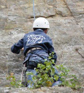 Initiation à l'escalade Site naturel de loisirs de la Roche Ballue