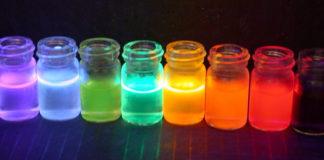 La fluorescence utilisée pour diagnostiquer des maladies. Village des sciences au CNRS d'Orléans (45)