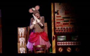 La reine des petites souris Place Savène