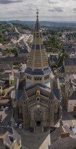 Visite libre de l'église Eglise Saint Julien de Domfront