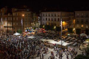 Ouverture de la nocturne gourmande Place St Cécile Albi