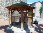 Parcours dans les rues du village à la découverte des portes typiques Les portes de Saint-jean