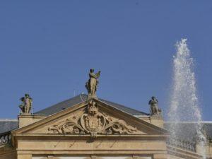 """Visite guidée """"masques & festivités"""" Place d'Armes"""