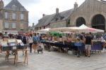 Marché des bouquinistes Place Saint Aubin