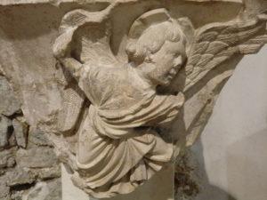 Quiz du musée du Cloître de Notre-Dame-en-Vaux Musée du cloître de Notre-Dame-en-Vaux