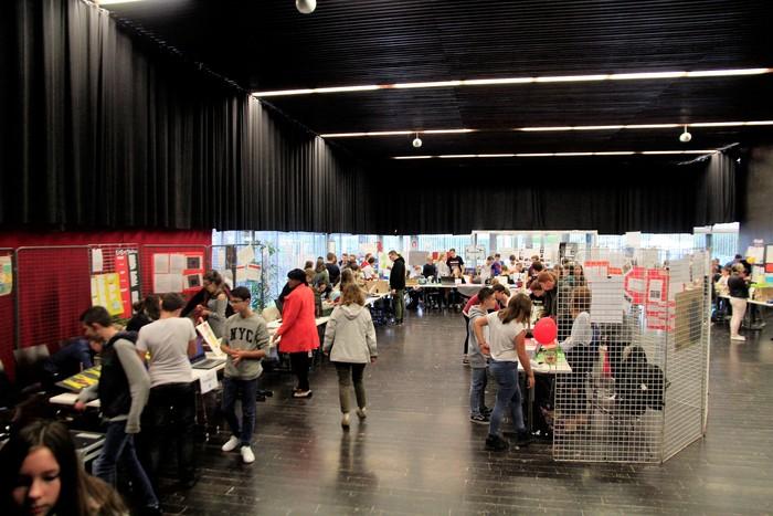 Flixecourt Sort Sa Science Salle du Chiffon Rouge