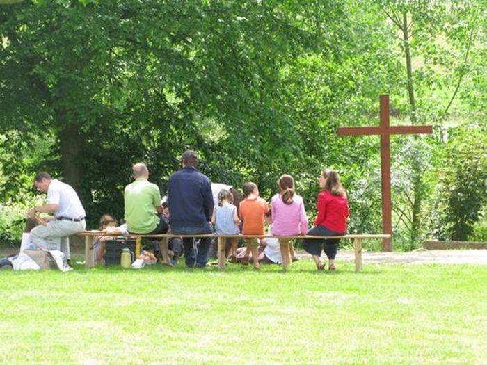 """Session des familles à Ars : """"Saints en famille"""" Sanctuaire d'Ars"""