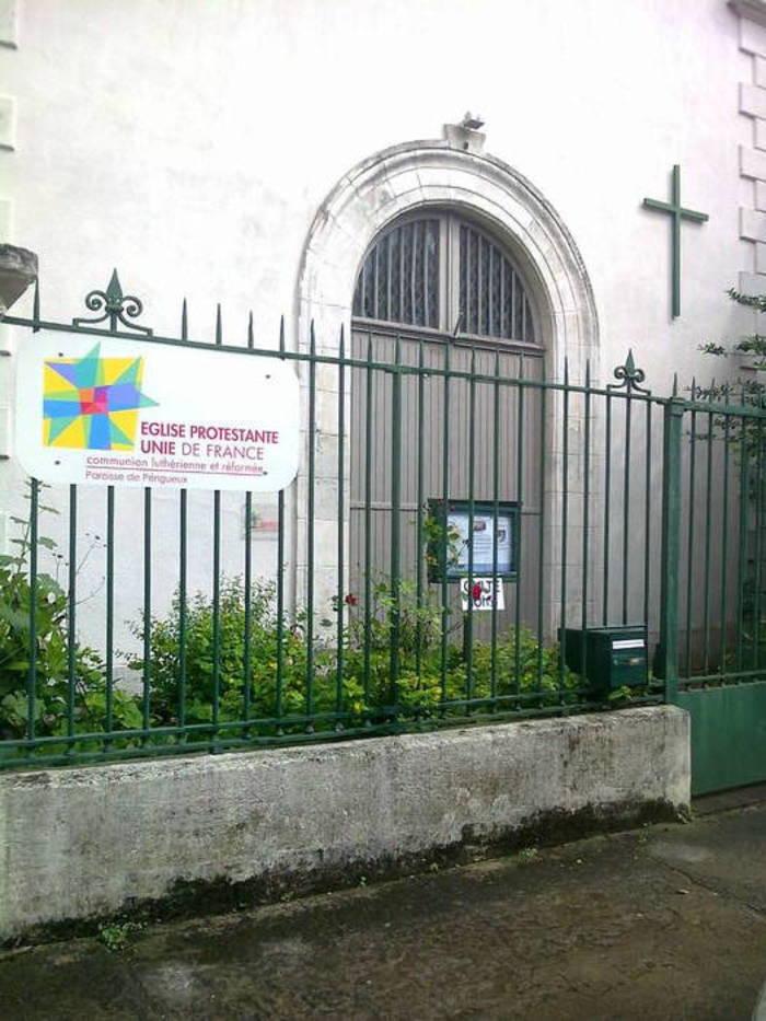 Commémoration des 80 ans de l'arrivée des Alsaciens à Périgueux Temple de l'église protestante unie de Périgueux