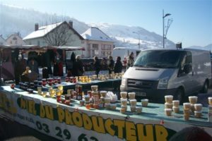 MARCHÉ DOMINICAL - MARCHES DE FRANCE La Bresse   2020-01-05