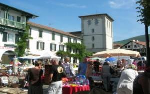 Vide-greniers nocturne Ascain Pyrénées-Atlantiques  2021-08-12