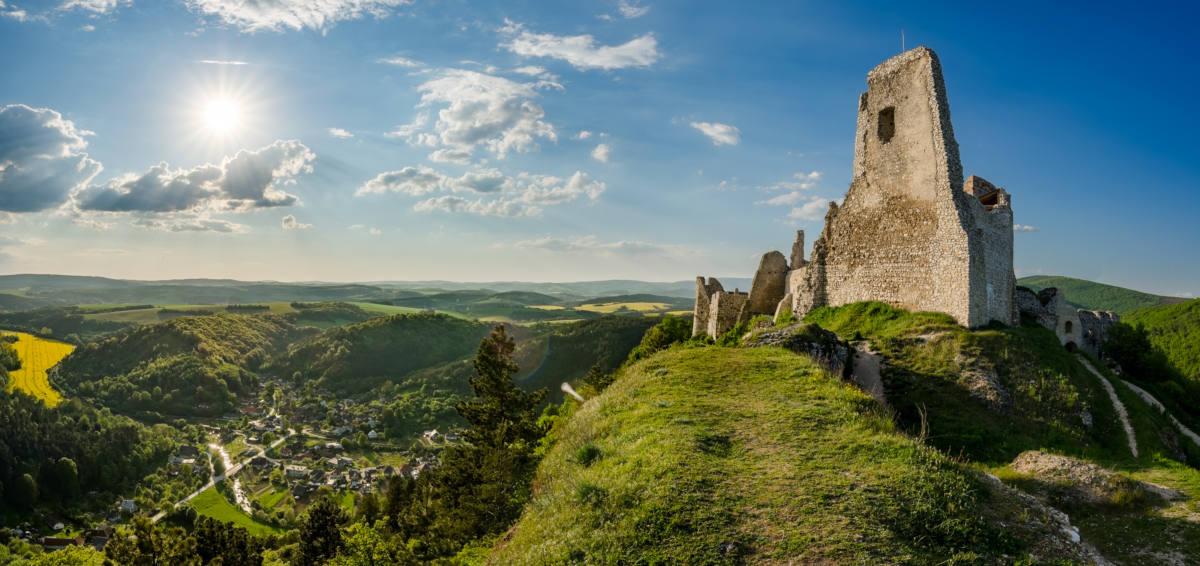 cachticky castle