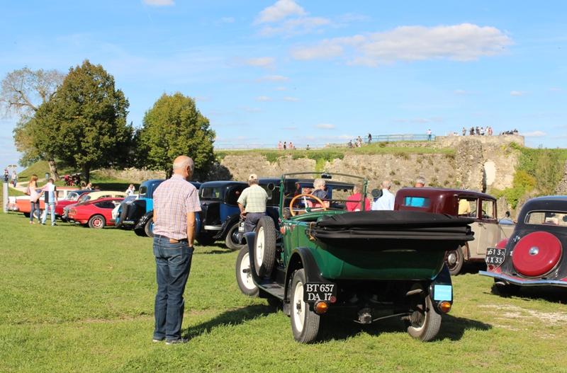 Rassemblement de véhicules anciens Rétromobile Gabaye Blaye   2021-06-20