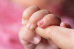 Atelier massage pour les bébés Médiathèque Françoise Sagan 2020-01-22T10:00:00+01:00