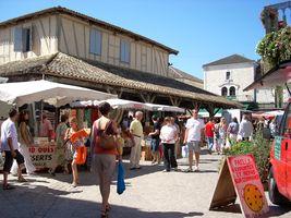 Marché traditionnel estival de Villeréal Villeréal
