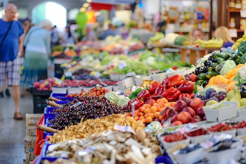 Marché alimentaire fermier le dimanche Pressignac-Vicq