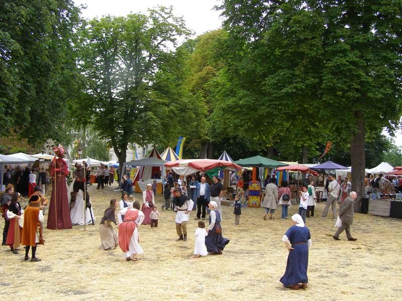 22ème Fête Médiévale Mehun-sur-Yèvre   2021-07-03