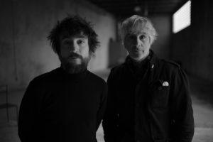Lee Ranaldo et Raül 'Refree' en concert Le CENTQUATRE - PARIS