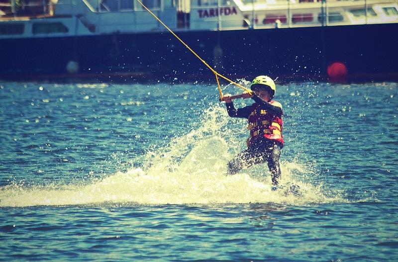 Eté Actif  - baby ski Nautique Trémolat