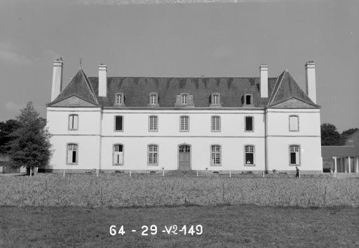 chateau kerampuil carhaix