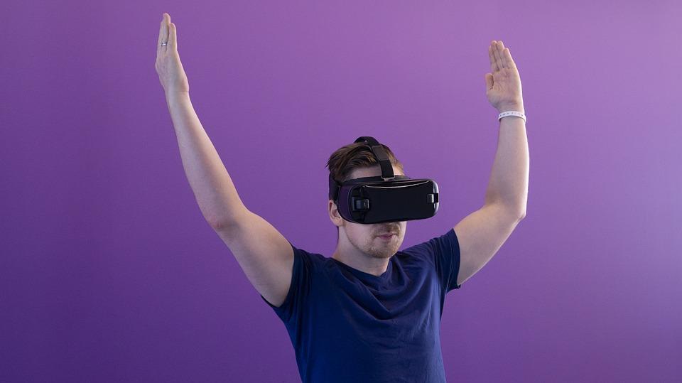 Initiations à la réalité virtuelle Café Maya Angelou
