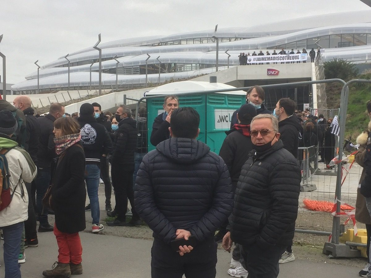 rennes manif patrons bars