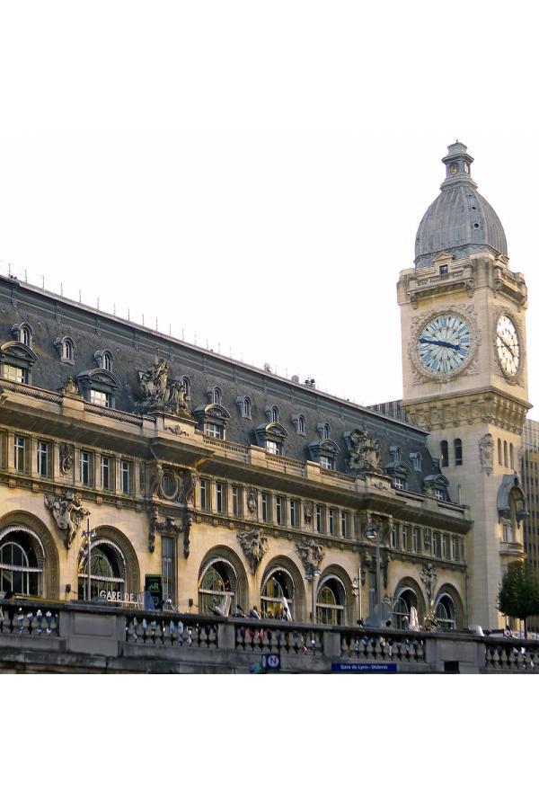 Architecture autour de l'Opéra Bastille et Gare de Lyon Bastille Paris