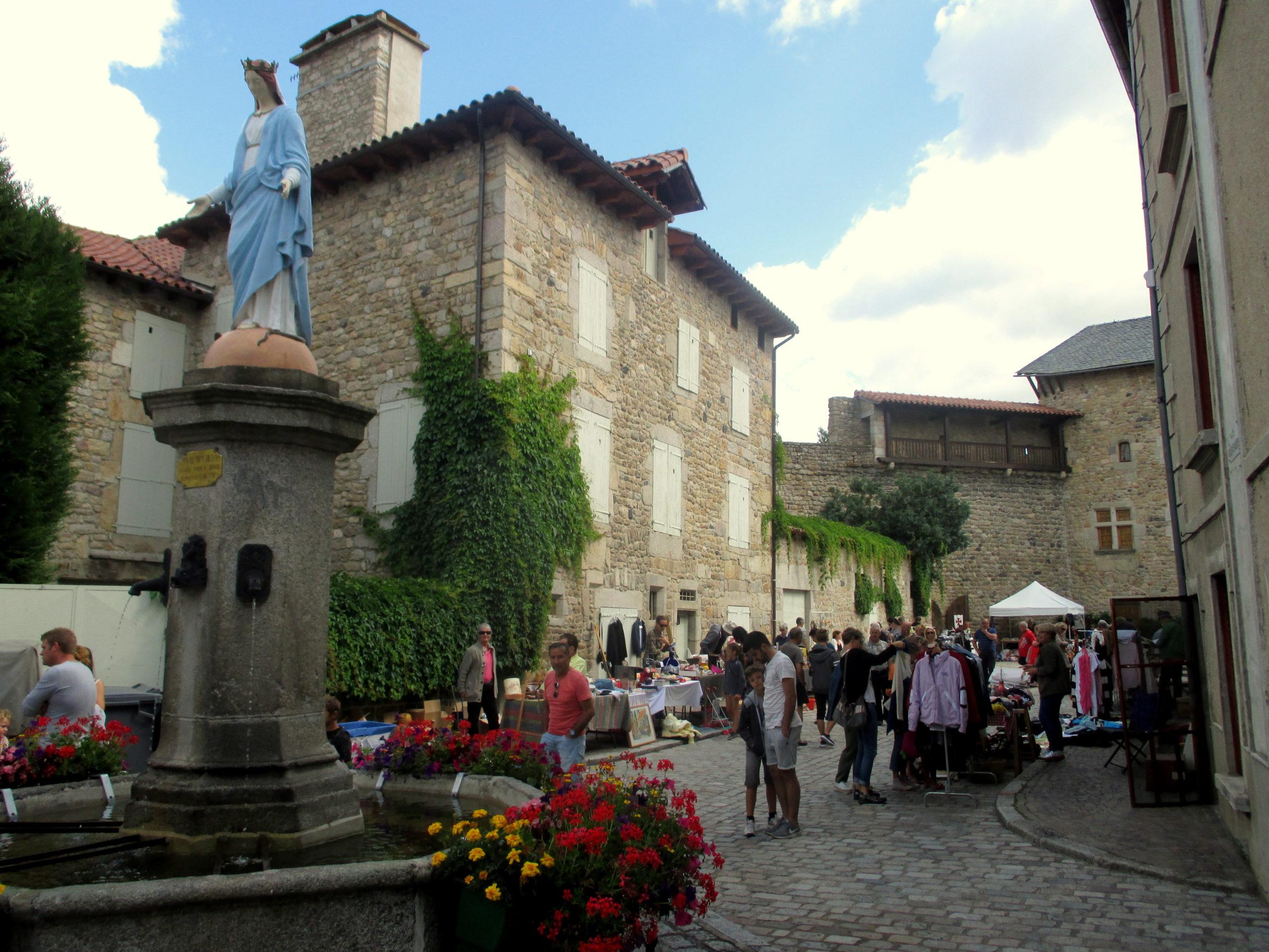 VIDE-GRENIER DU MALZIEU DU 14 JUILLET 2021-07-14 Le Malzieu-Ville