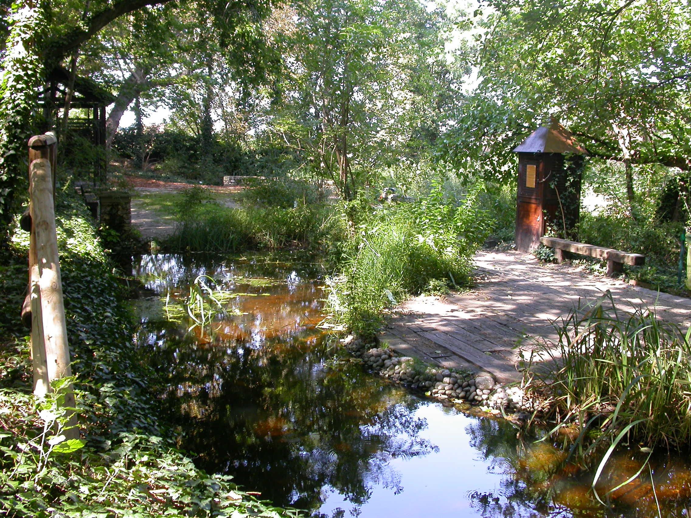 Le jardin caché Saint-Vincent Maison Paris Nature Paris