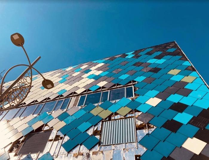 Les Indes Bleues passent par Ploërmel et les traces de son passé ardoisier Morbihan