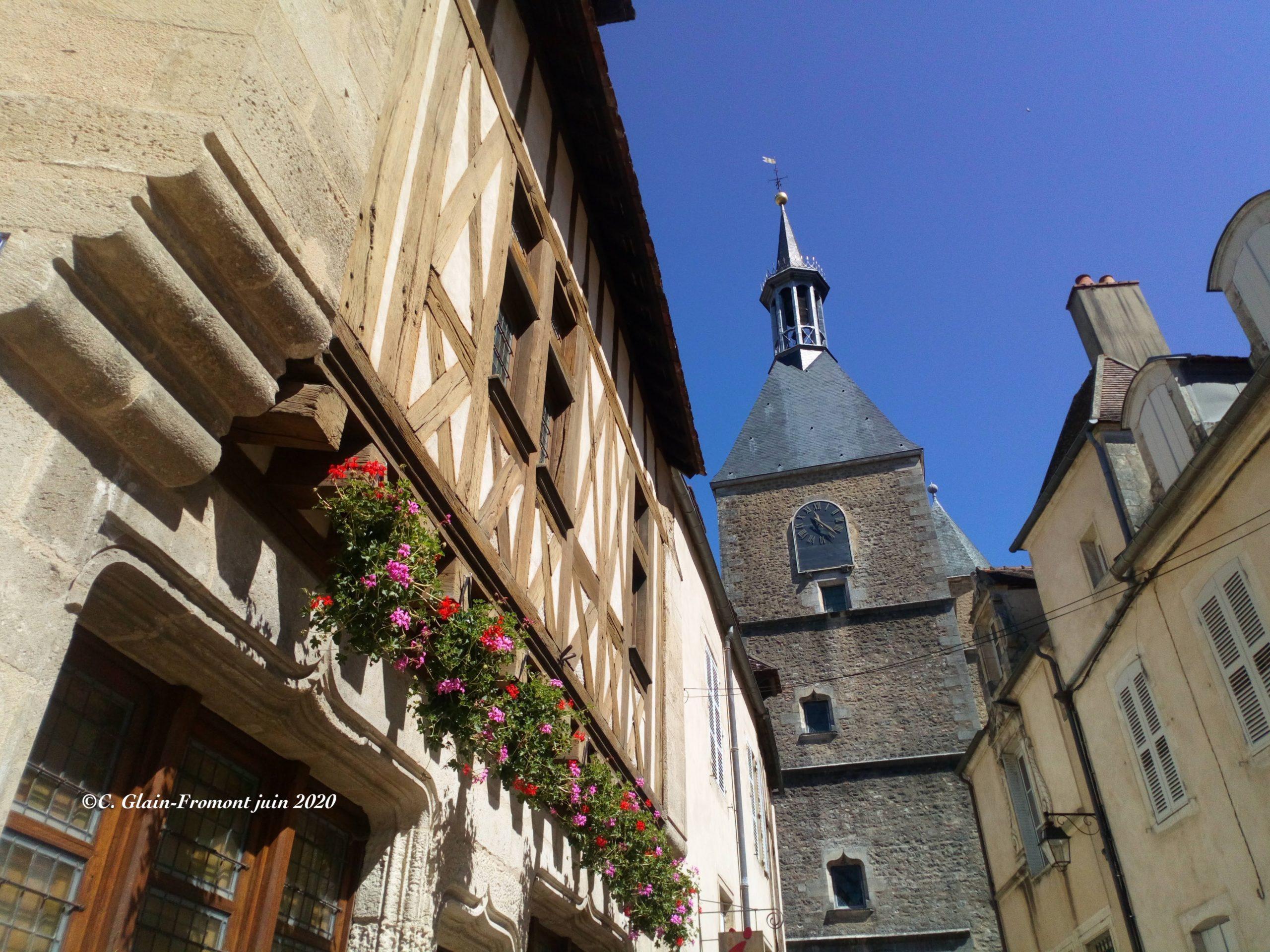Visite découverte d'Avallon cité méconnue aux portes du Morvan sur la route des pèlerins Avallon
