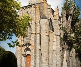 Basilique Notre Dame de Pitié La Chapelle-Saint-Laurent
