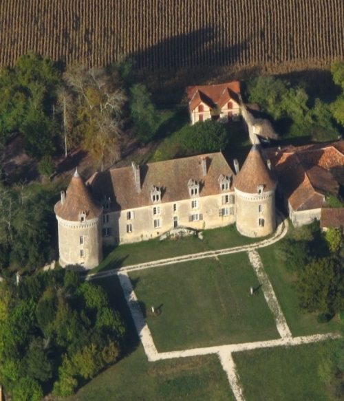 Château de Beauvais Lussas-et-Nontronneau