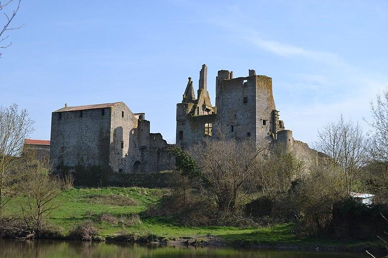 Château de Glénay Glénay