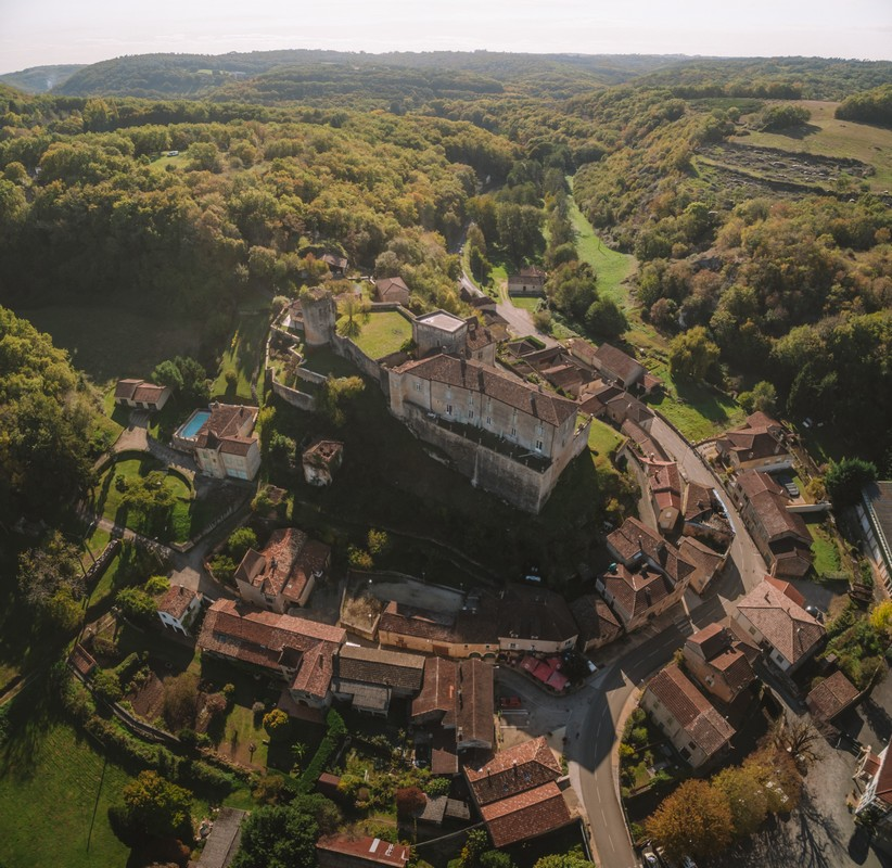 Château et bourg de Blanquefort-sur-Briolance
