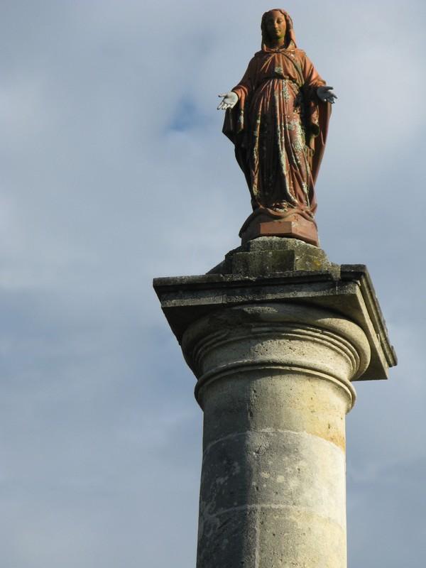 Colonne de la Vierge à Marsas Marsas