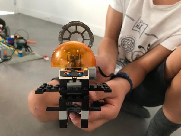 Découverte de la robotique avec les Lego Les Ingéniaux Paris