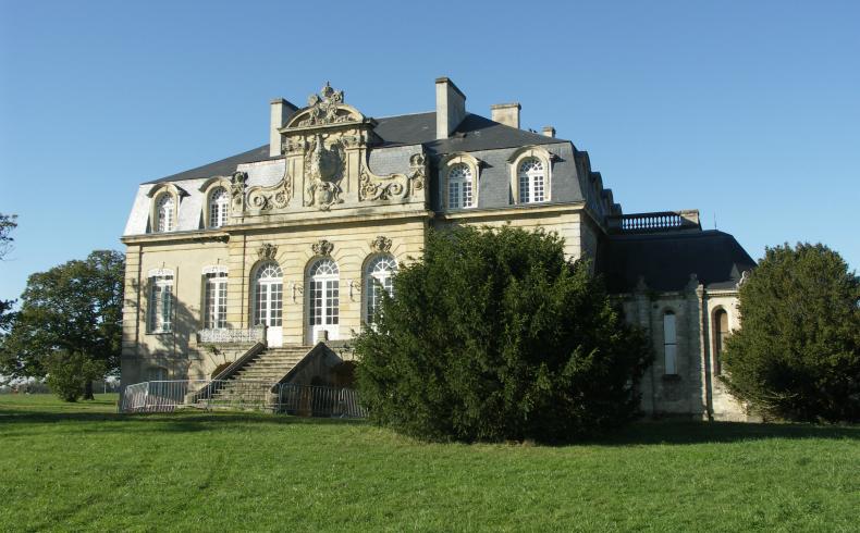 Domaine de Beauval - Eolienne de Bollée Bassens