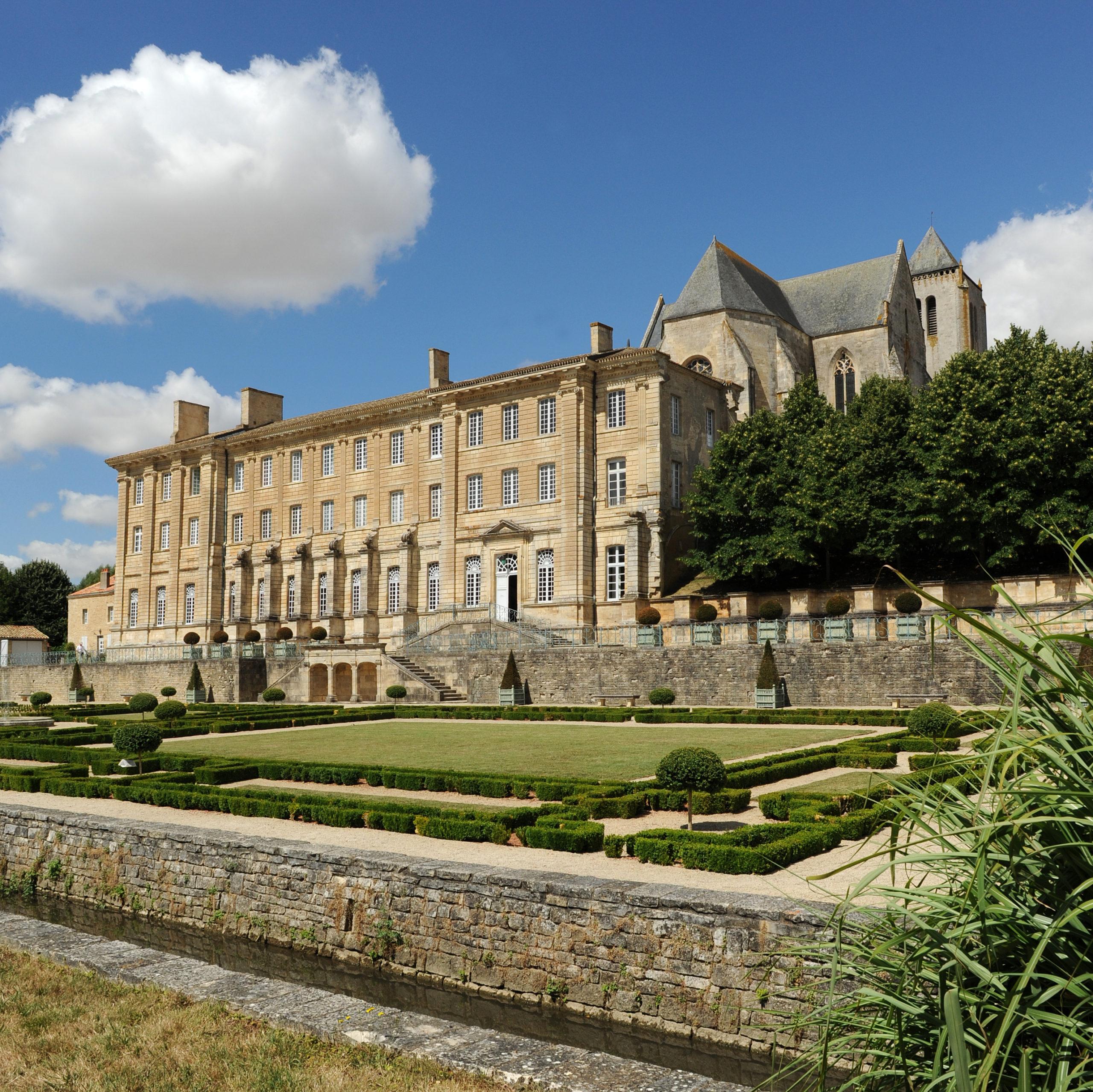 Eglise Abbatiale Notre-Dame Celles-sur-Belle