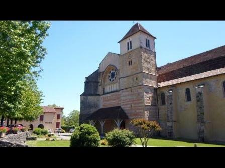 Eglise abbatiale St Jean de Sorde Sorde-l'Abbaye