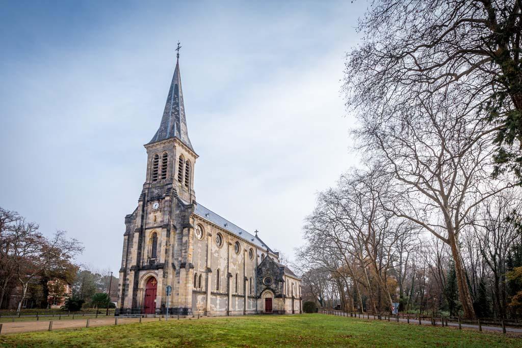 Eglise Saint-Louis Uza