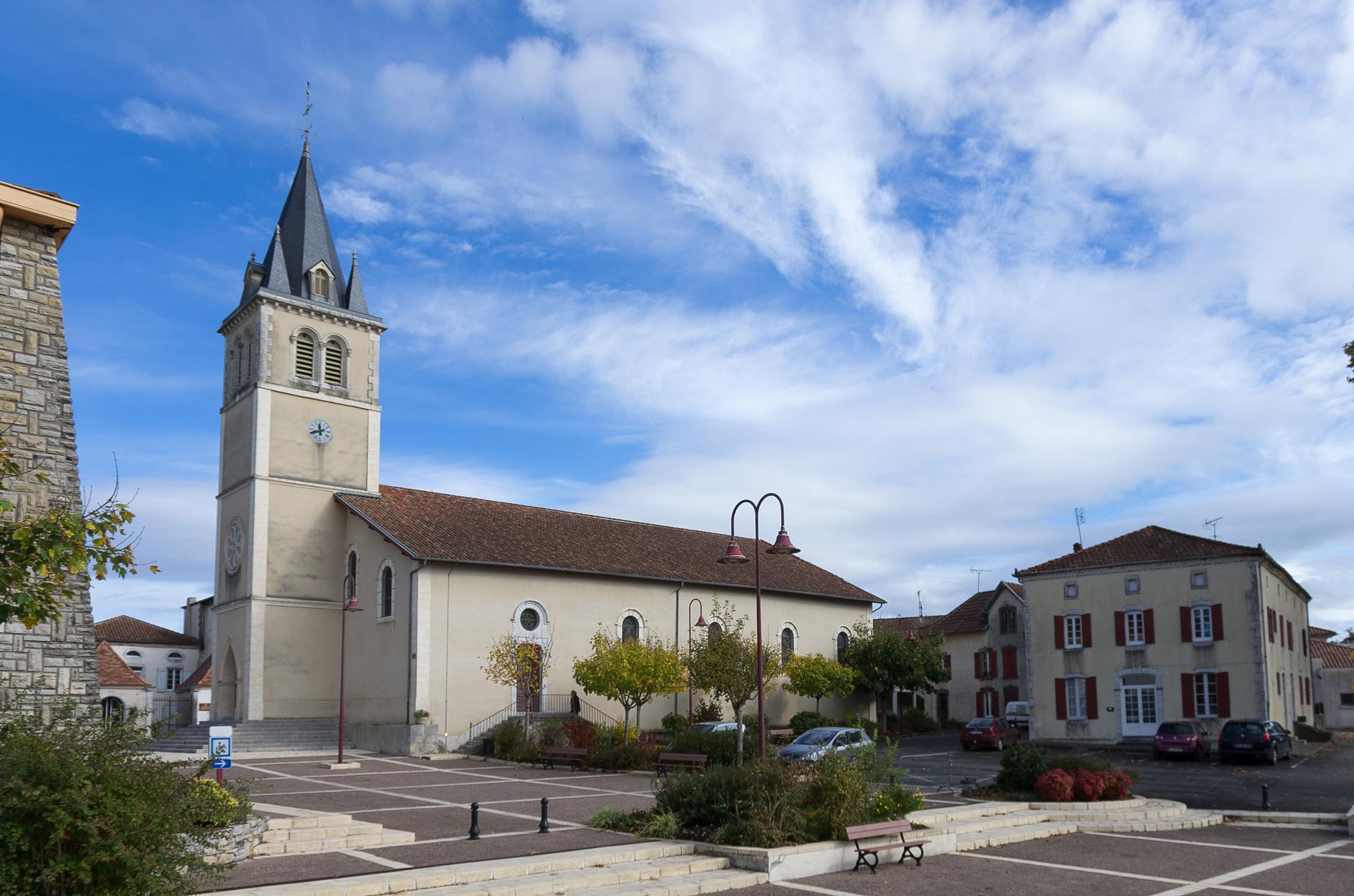 Eglise Saint Pierre et Saint Paul de Habas Habas
