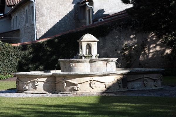 Fontaine de Saint-Selve
