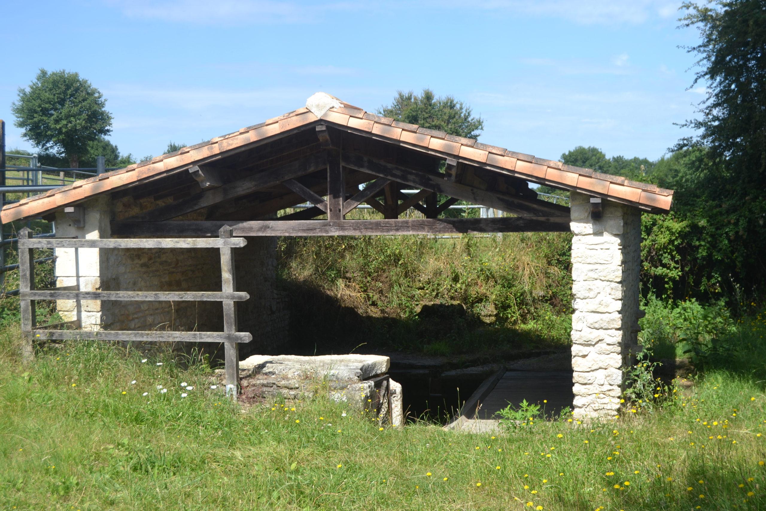 Le lavoir de Puyravault
