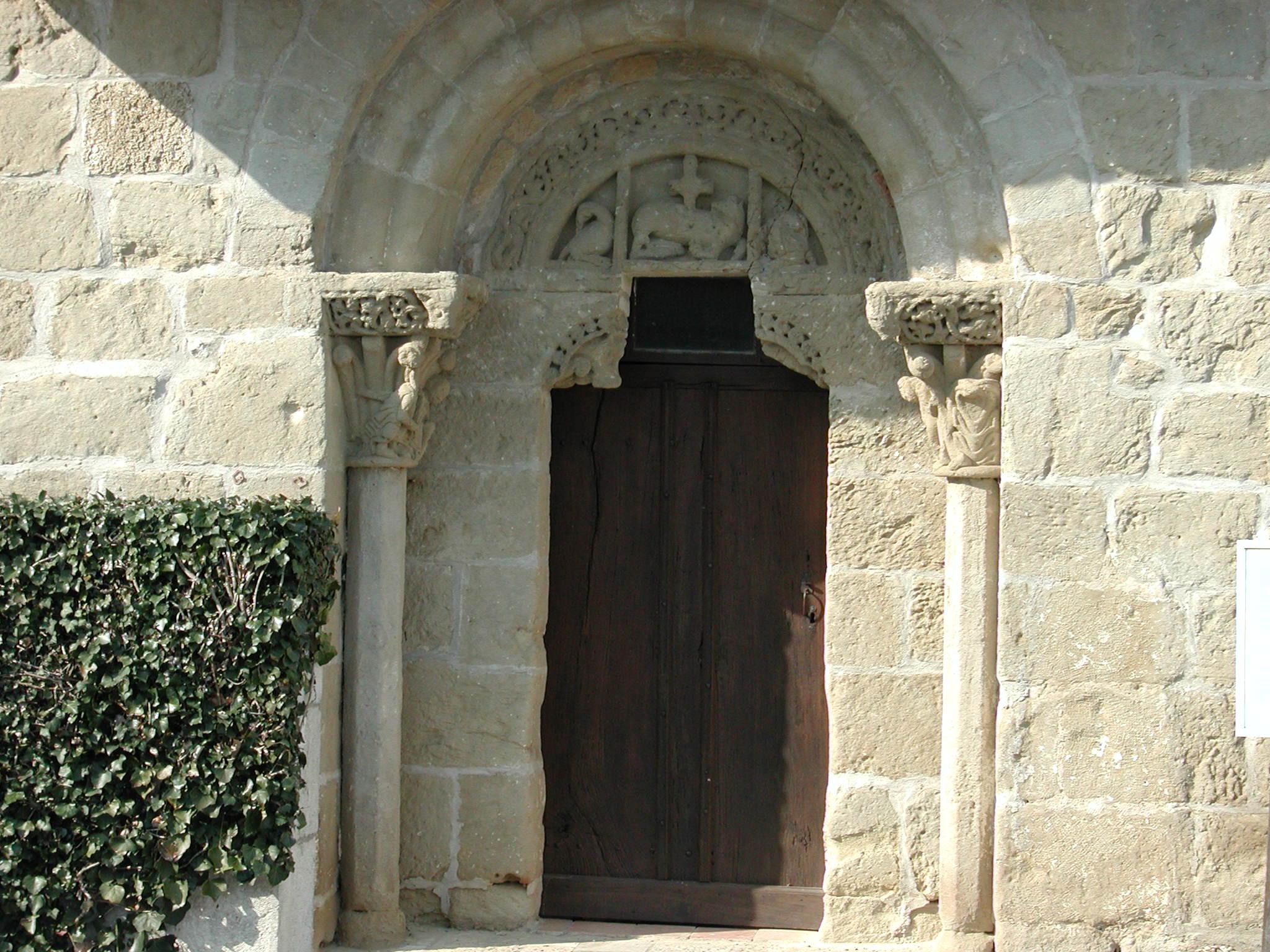 Le portail de l'église Saint-Martin