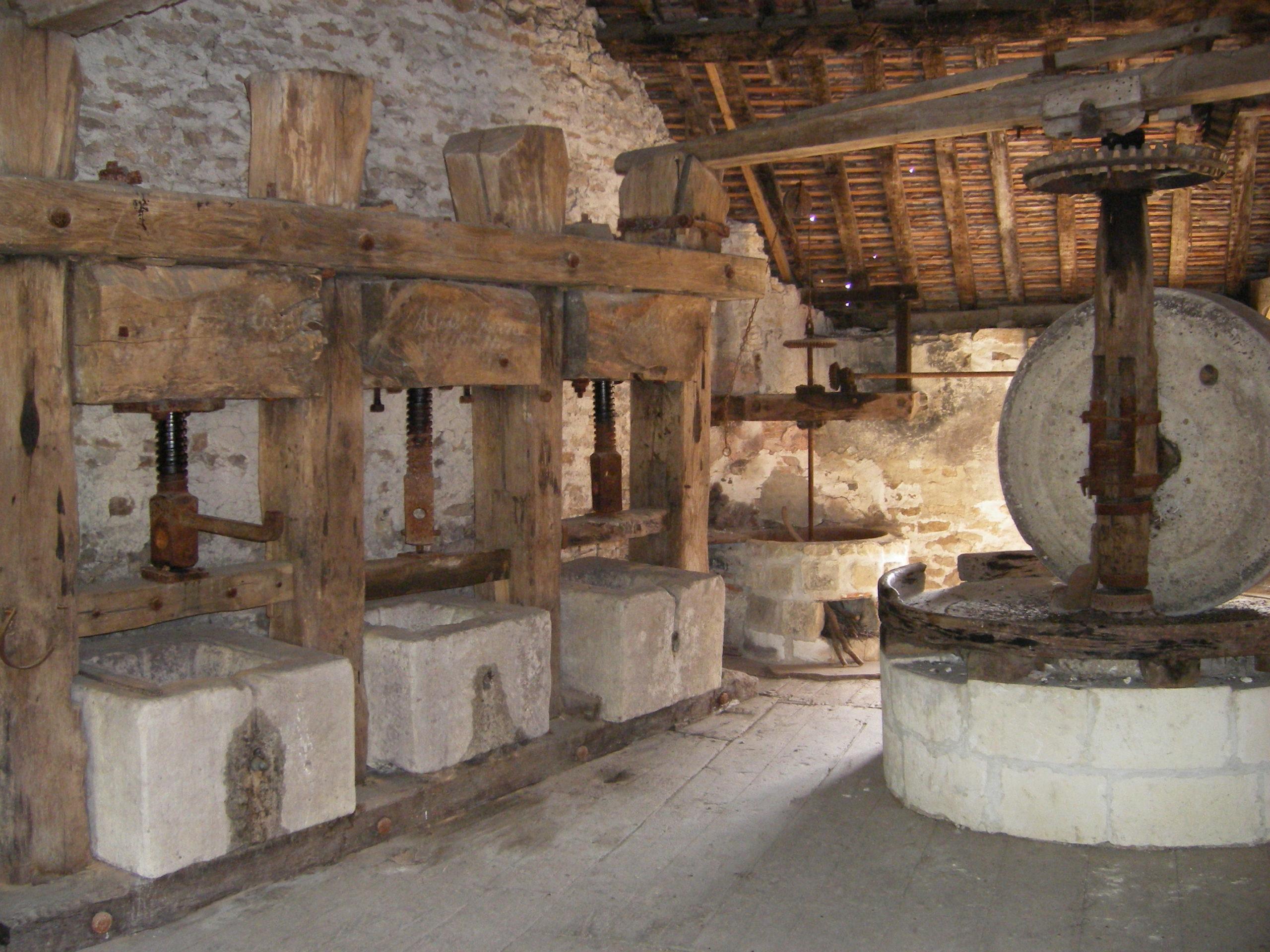 Moulin à huile et à farine Étourvy