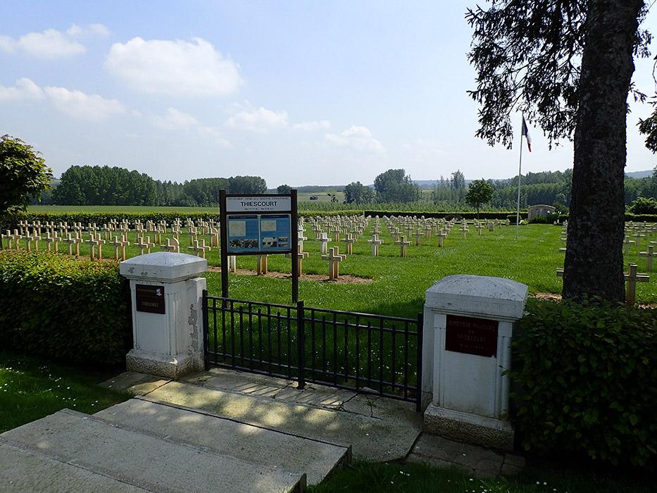 Nécropole militaire allemande de Thiescourt Thiescourt