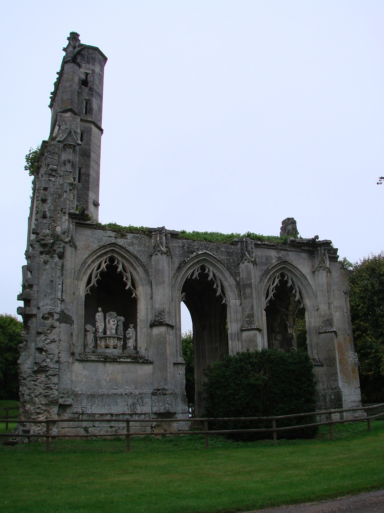 Ruines de l'Abbaye de la Victoire Senlis