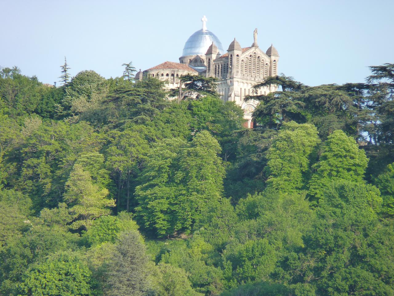 Sanctuaire Notre-Dame-de-Peyragude Penne-d'Agenais