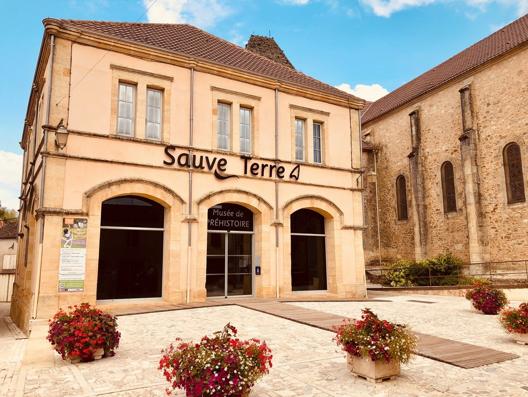 SauveTerre Musée de Préhistoire Sauveterre-la-Lémance
